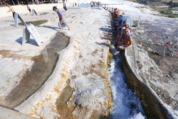 Bể bơi bậc thang ở kỳ quan thiên nhiên đẹp nhất thế giới - ảnh 6
