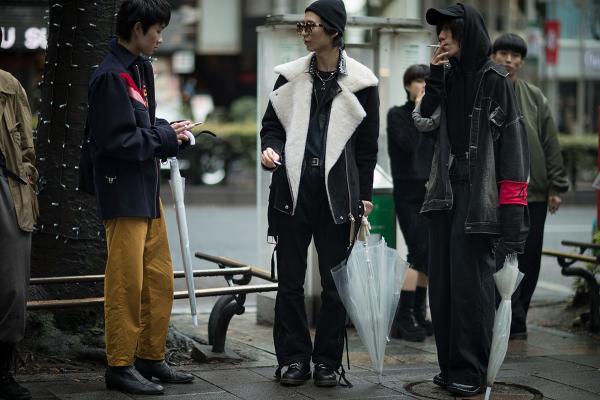 Trào lưu thập niên 70 phong toả 'sàn diễn' đường phố Tokyo Fashion Week