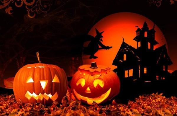 Những biểu tượng rùng rợn không thể thiếu trong Halloween: Vì sao đặt đèn lồng bí đỏ ngoài cửa?
