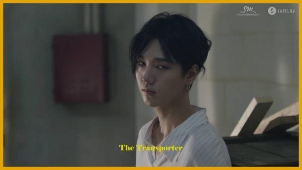 Super Junior hoá 'trai hư' đầy quyến rũ trong MV comeback 'Black Suit'