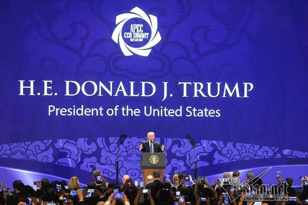 Tổng thống Donald Trump có những chia sẻ về sự phát triển kinh tế ở Châu Á và mong muốn hợp tác sâu rộng hơn với khu vực này. Ảnh: Vietnamnet.
