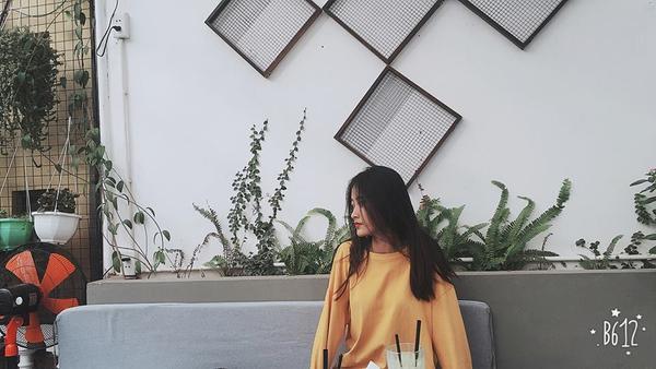 Cư dân mạng thi nhau chia sẻ 'những góc nghiêng thần thánh' của nữ sinh Việt - ảnh 9