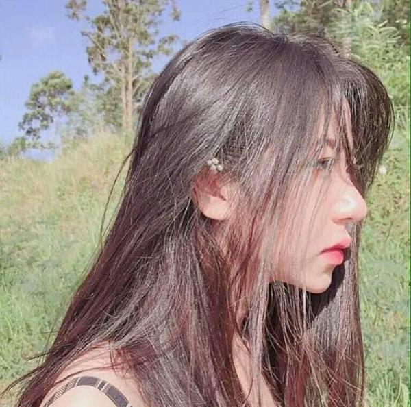 Cư dân mạng thi nhau chia sẻ 'những góc nghiêng thần thánh' của nữ sinh Việt - ảnh 11