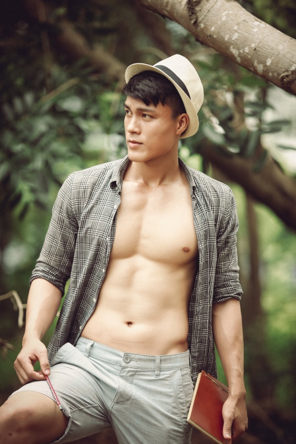 Cậu ba Sài Gòn khiến nhiều cô gái 'chết mê chết mệt' với vẻ lịch lãm, đầy nam tính - ảnh 3