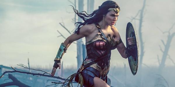 Gal Gadot sẽ không đóng 'Wonder Woman 2' trừ khi hãng phim ngừng hợp tác với Brett Ratner - ảnh 4
