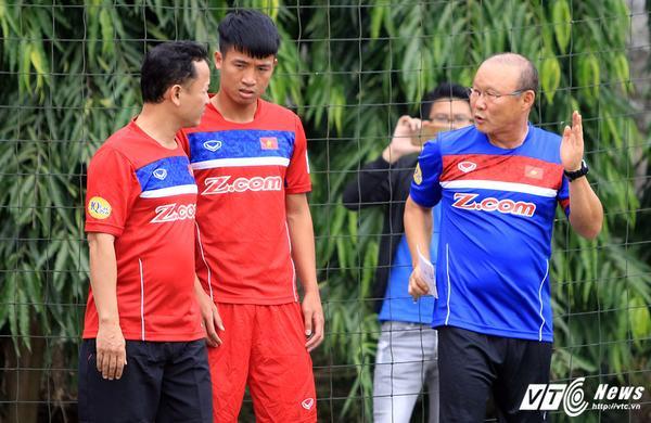 Tuyển Việt Nam thời Park Hang Seo: Đi học 'vỡ lòng' đấu Afghanistan - Ảnh 1.
