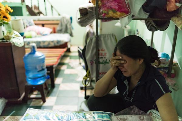 Không cầm được nước mắt mỗi khi nhớ lại đứa con gái ngoan.