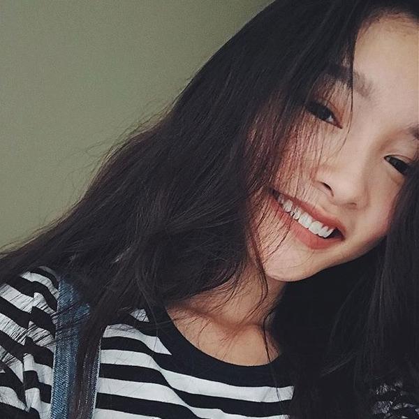 Nữ sinh 2001 gây chú ý vì đôi môi cong 'siêu nũng nịu' - ảnh 2