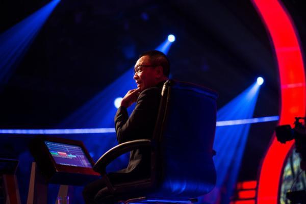 Lại Văn Sâm rời ghế nóng Ai là triệu phú: MC có thể thay thế nhưng tượng đài thì không - ảnh 2