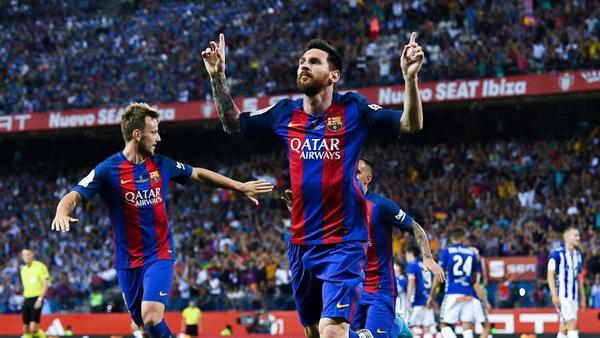 Messi từ chối kí hợp đồng mới với Barcelona.