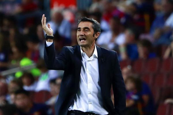 """HLV Barcelona phản ứng khó tin khi Messi bị trọng tài """"cướp"""" bàn thắng - Ảnh 1."""