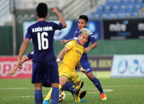 Phan Văn Đức - Chuyện về 'siêu tiền vệ' bị HLV Park Hang Seo ngó lơ giúp SLNA vô địch Cúp Quốc gia - Ảnh 2.