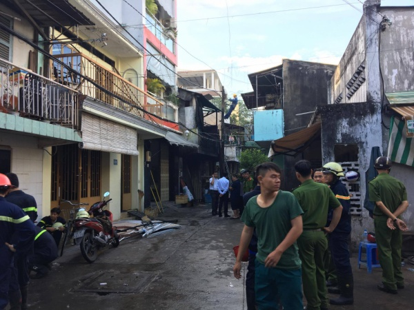 Chùm ảnh hiện trường 3 mẹ con chết cháy trong căn nhà lúc rạng sáng ở Sài Gòn