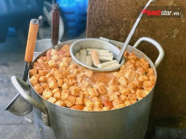 Thưởng thức hương vị đồng quê với món bún riêu, canh bún hấp dẫn tại thiên đường ăn uống Vạn Kiếp - Ảnh 2.