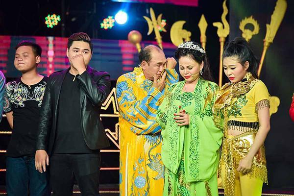 Duy Phương quyết định khởi kiện nhà sản xuất Sau ánh hào quang vì bị phỉ báng trên sóng truyền hình - Ảnh 2.