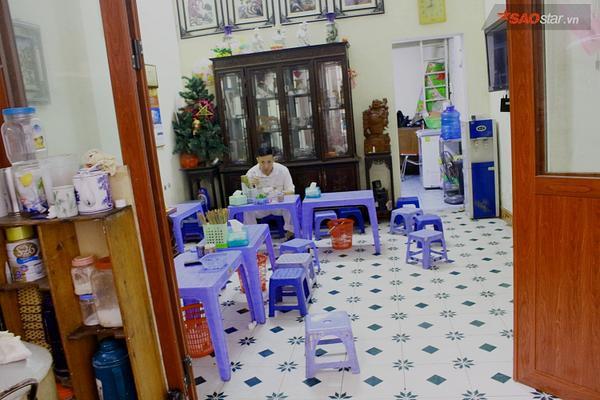Suốt 20 năm ở Hà Nội, vẫn có một hàng bánh cuốn tráng tay cực ngon giá chỉ 10.000 đồng/suất - ảnh 3