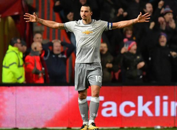 Ibrahimovic sẽ đá chính ở trận gặp Leicester City