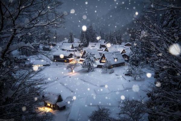 Những ngày đầu năm mới Nagaoshi có chuyến du lịch tới Ginzan Onsen, một trong những vùng nghỉ dưỡng với suối nước nóng đẹp nhất Nhật Bản. Anh đã ghi lại nhiều khoảnh khắc đẹp đến ngỡ ngàng của mùa đông.