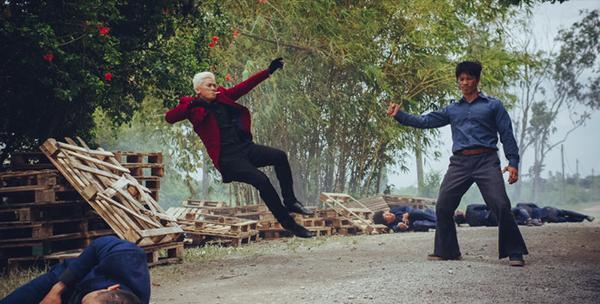 '798Mười': Khi phim hài Tết không chỉ có tiếng cười mà còn chứa đựng bài học tình người - ảnh 10