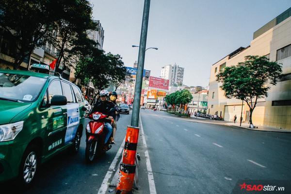 Những tuyến đường chính: Nguyễn Thị Minh Khai, Điện Biên Phủ, Võ Thị Sáu,… thường ngày nhộn nhịp cũng đã vãn tiếng ồn ào.