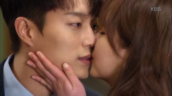 Bất chấp mọi rào cản chuyện tình Kim So Hyun và Yoon Doo Joon vẫn cực ngọt ngào