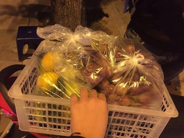 Nữ sinh khoe ảnh đồ ăn 'ê hề' và tiền 'ăn vặt' mẹ cho khiến dân mạng ganh tỵ không hết - ảnh 3