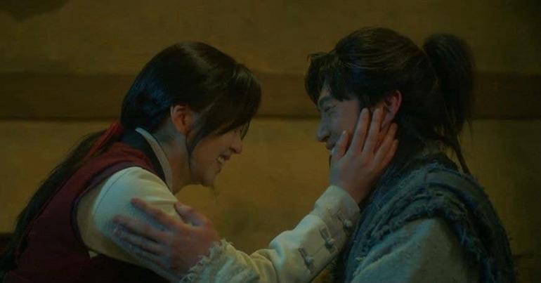 """Fan """"bấn cuồng"""" trước cảnh hôn đầu của Kim So Hyun và Na In Woo trong Sông Đón Trăng Lên Ảnh 3"""