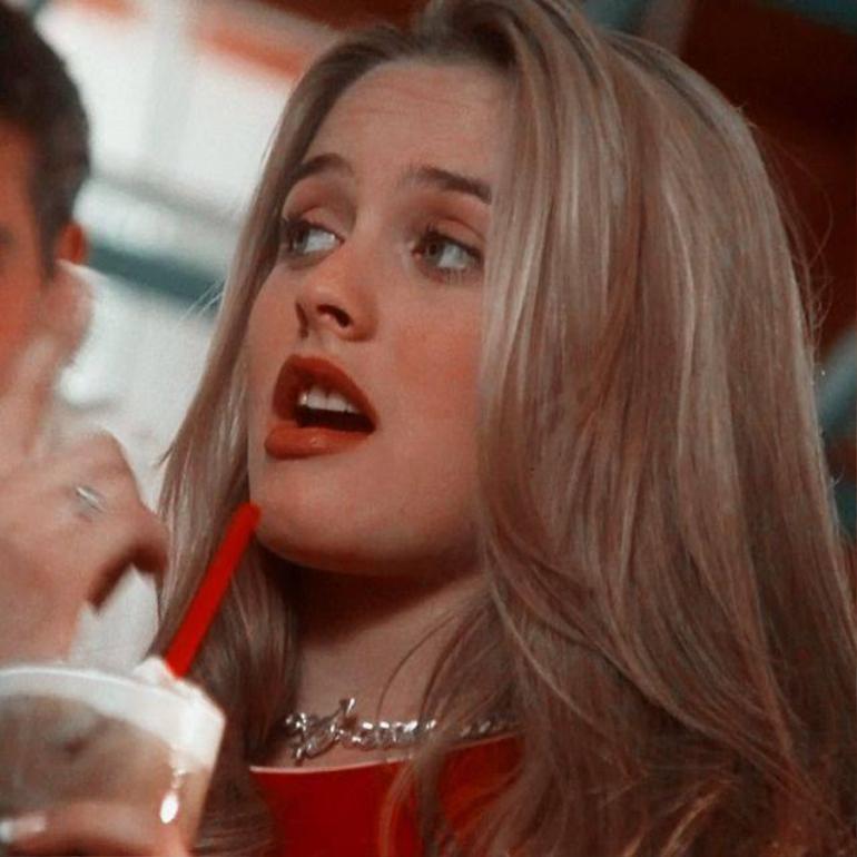Nhân vật điện ảnh biểu tượng thập niên 90 Cher Horowitz: Vẻ đẹp nàng tiểu thư kiêu kì Ảnh 8