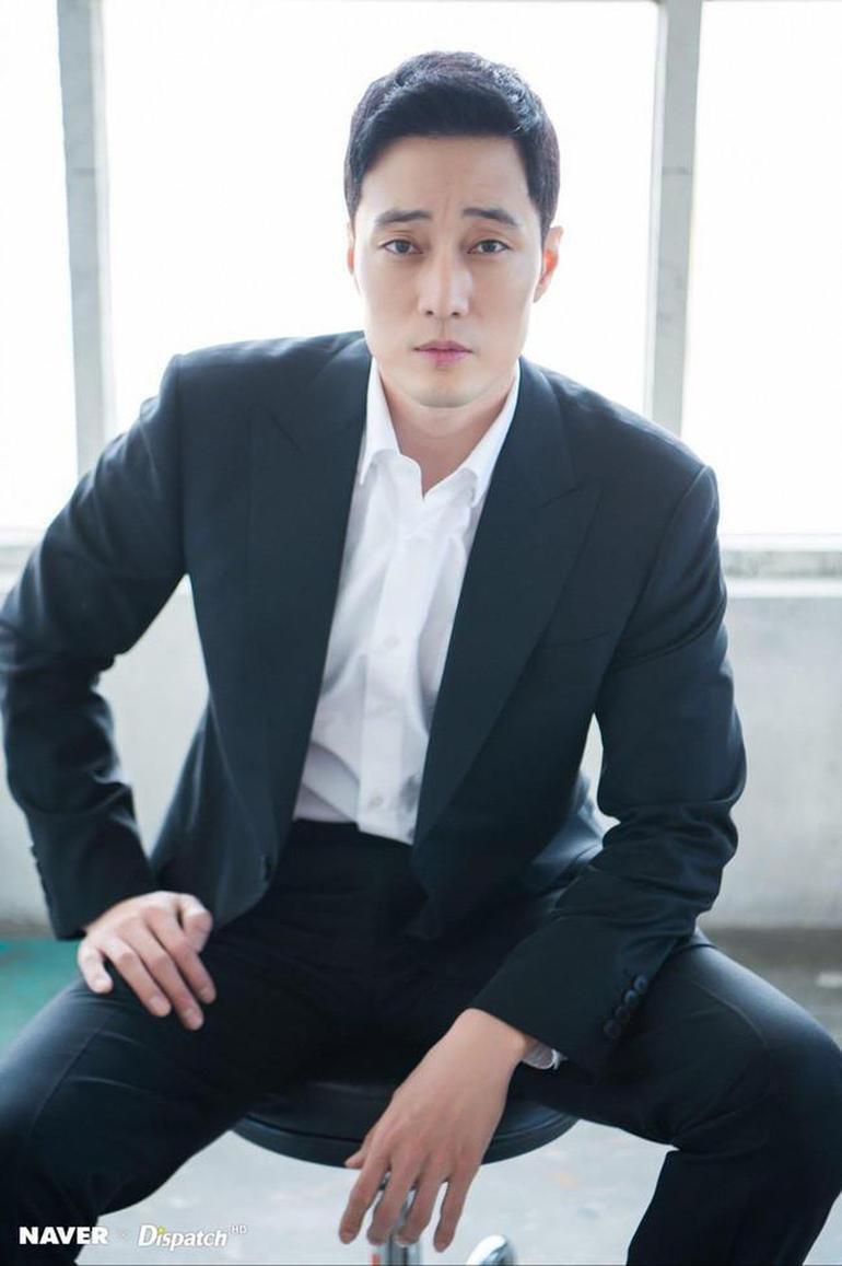 So Ji Sub đã từ chối lời đề nghị của Netflix cho dự án Gia Đình Mẫu Mực Ảnh 3