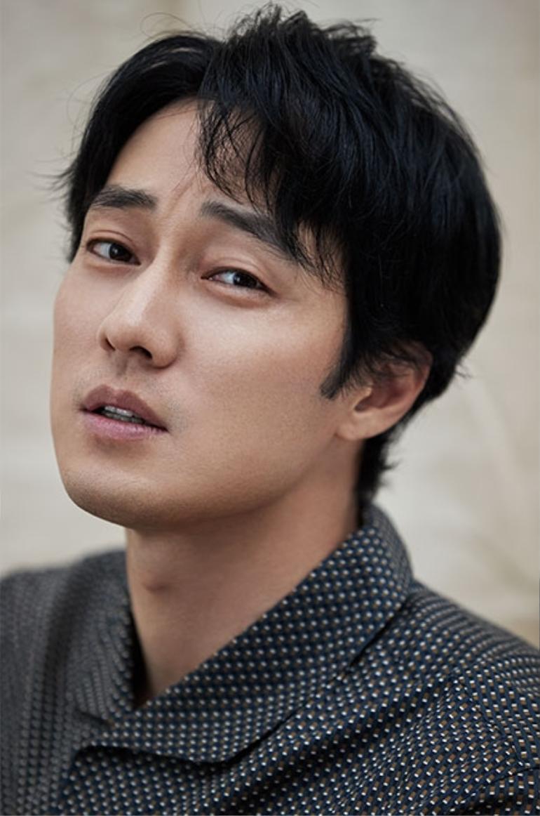 So Ji Sub đã từ chối lời đề nghị của Netflix cho dự án Gia Đình Mẫu Mực Ảnh 1