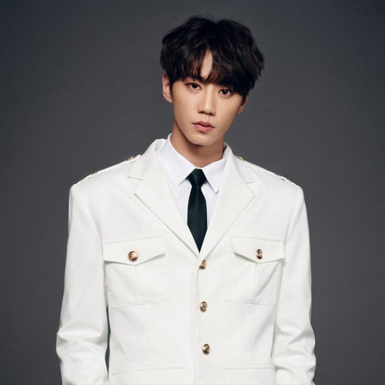 Seohyun (Girls' Generation) hợp tác cùng Jun (U-Kiss) trong bộ phim Netflix sắp ra mắt 'Moral Sense' Ảnh 1